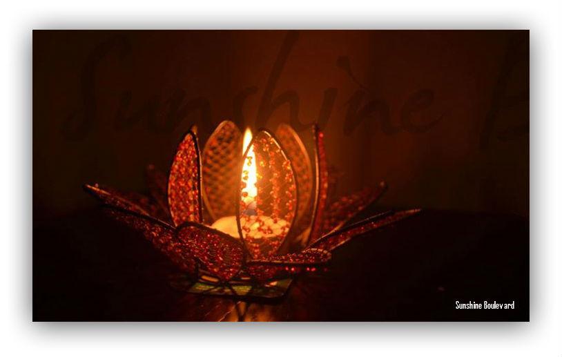 Tea light holder lotus