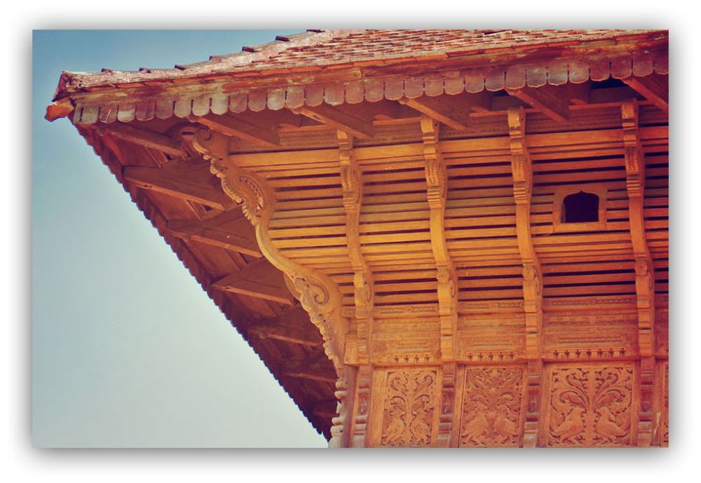 woodwork in roof
